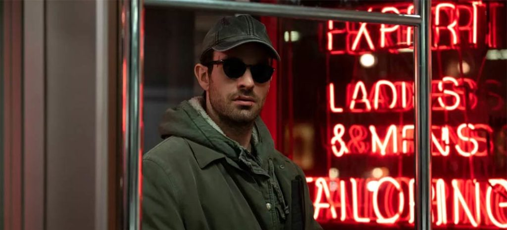 Matt Murdock undercover cap and sunglasses